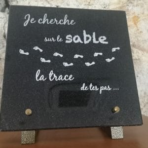 Plaque en granit en message